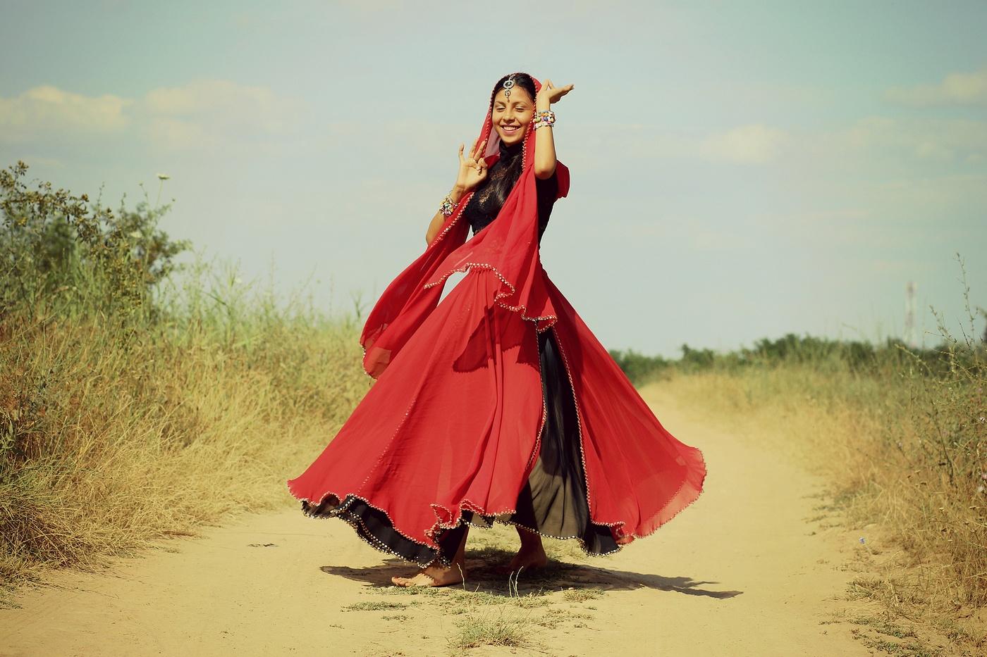 Danse Femme du Mondre