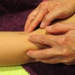 Nadège Pic_formation massages humanistes_massage-des-articulations-apana-vayu