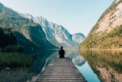1-nature lac eau homme pause ciel